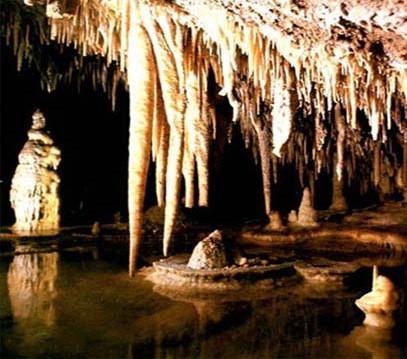 غار يخی انگول