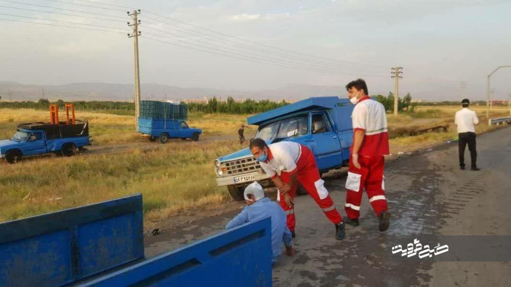 تصادف زنجیرهای ۵۰ خودرو در اتوبان قزوین- کرج/ ۲۵ نفر مصدوم شدند+تصاویر