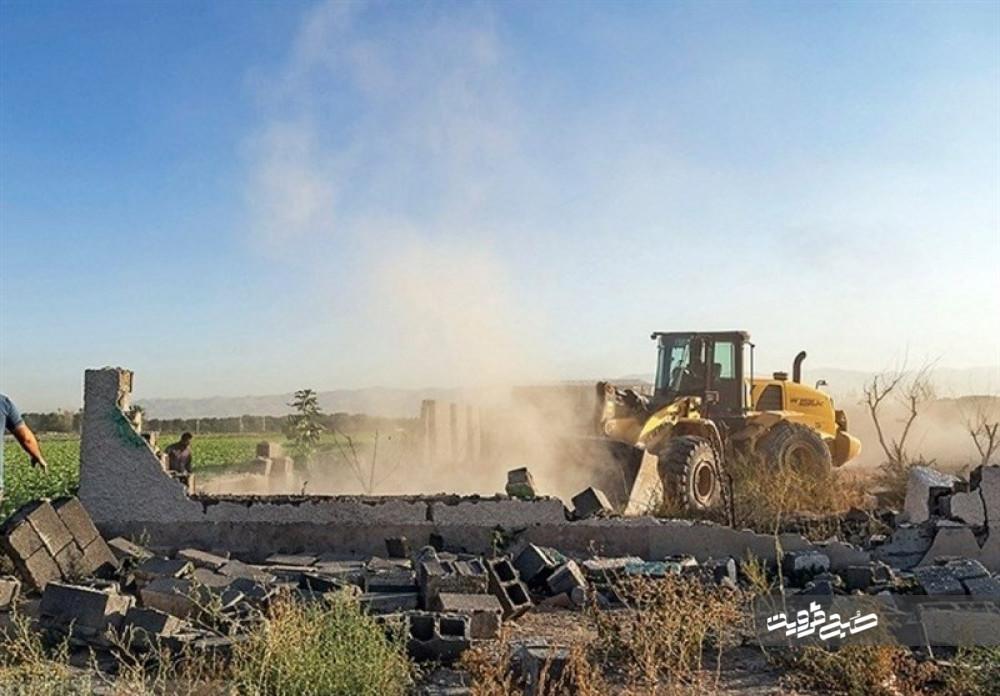 ٩٩٠ هکتار از اراضی ملی تاکستان رفع تصرف شد