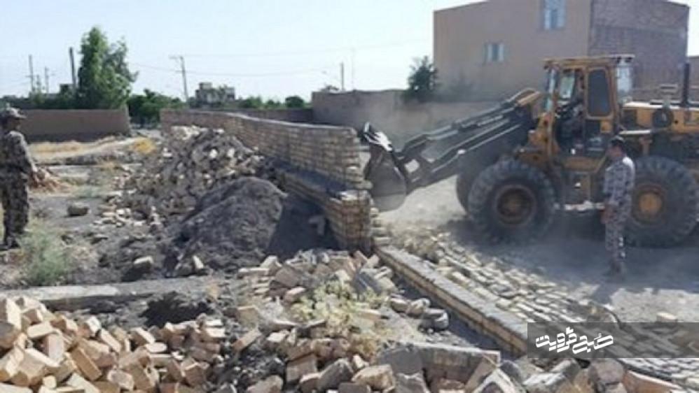 رفع تعرض بیش از ۶۳ هزار مترمربع از اراضی دولتی قزوین