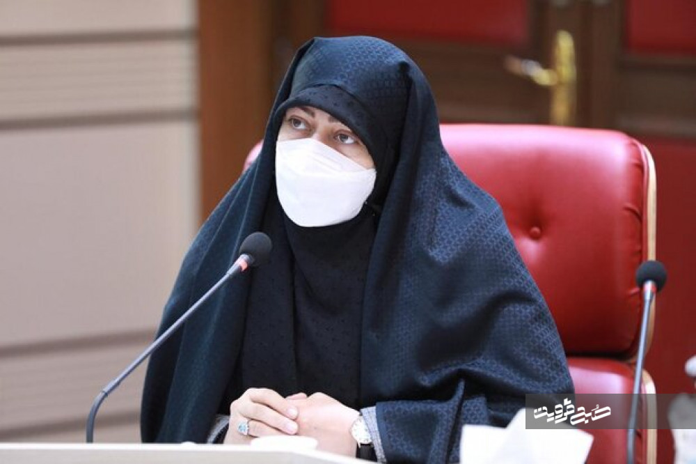 انتقاد عضو کمیسیون بهداشت و درمان مجلس از روند کند واکسیناسیون در کشور