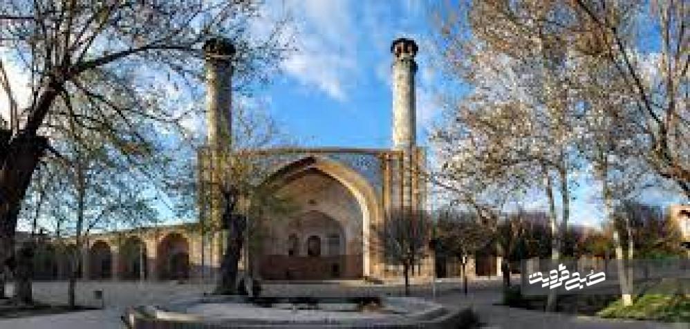 مسجد جامع قزوین در آتش سوخت