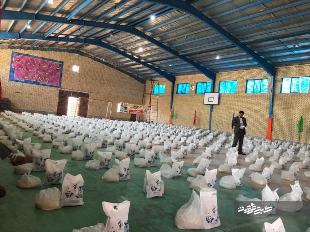 توزیع ۳۵ هزار پرس غذای نذری در شهرستان آبیک