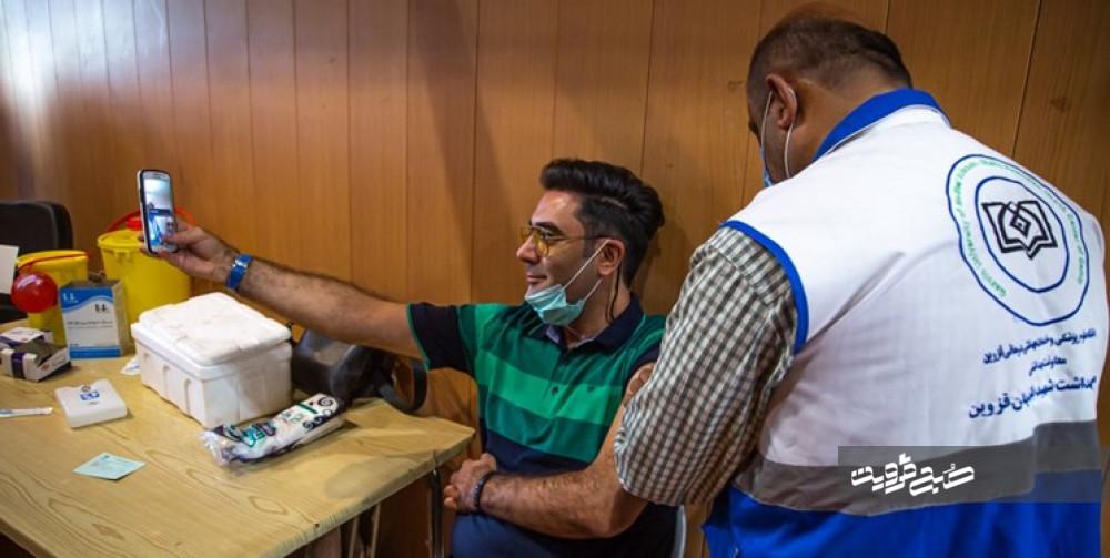 واکسیناسیون در قزوین به پوشش ۵۲ درصدی رسید/ روند شیوع بیماری نزولی شده است