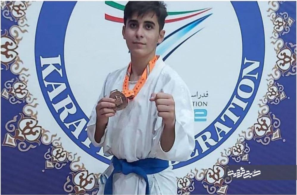 سه مدال بینالمللی را در مسابقات کسب کردم
