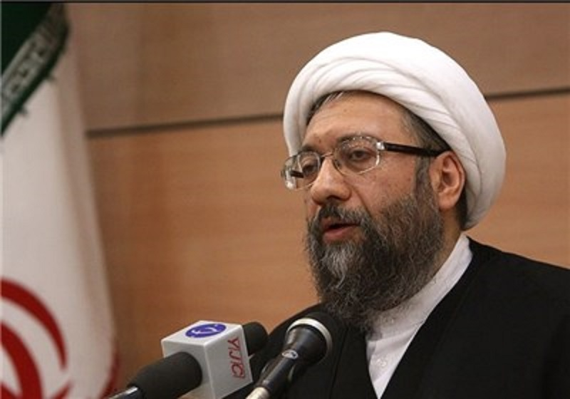 انتقاد آیت الله آملی لاریجانی از معیارهای دوگانه رسانه های غربی در برابر تروریسم