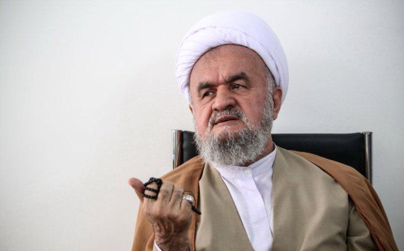 """""""گام دوم انقلاب""""، نقطه عطفی برای کشور است/ مسئولان ارشادات رهبری را عملیاتی کنند"""