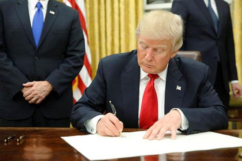 ترامپ لایحه بودجه دفاعی آمریکا را امضا کرد/ جزئیات مربوط به ایران