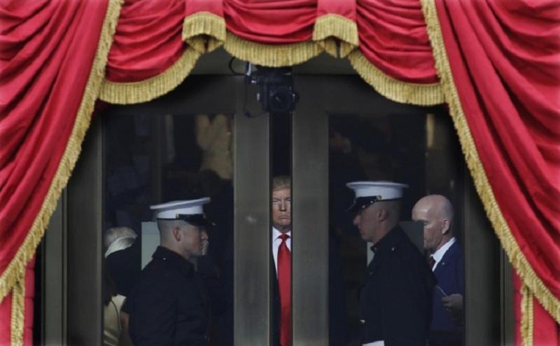 فایننشال تایمز; احتمالا ترامپ سپاه پاسداران را یک سازمان تروریستی اعلام کند