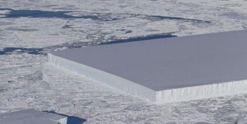 کشف توده یخی مستطیلی در قطب جنوب