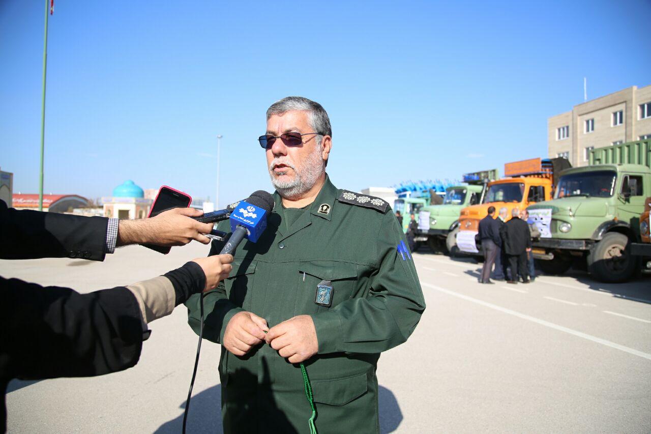 ۱۵کامیون و کامیونت از کمکهای مردمی قزوین به مناطق سیلزده اعزام شد
