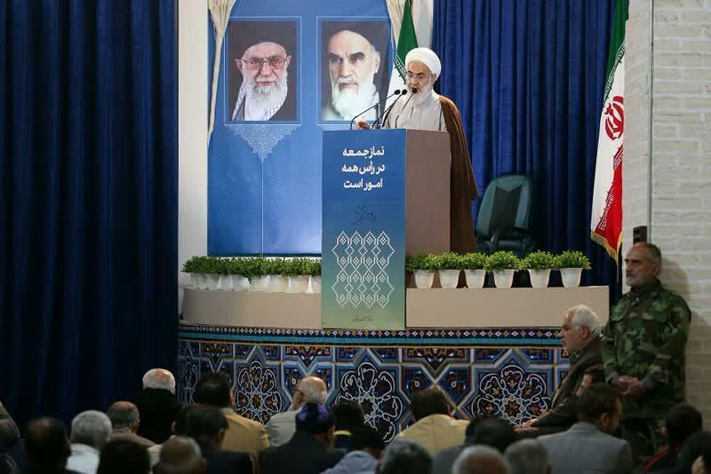ایستادگی مقتدارانه ما عامل عقبنشینی دشمن میشود/ هر جا سربلند شدیم و پیشرفت کردیم، بهدلیل قدمبرداشتن براساس قرآن بود