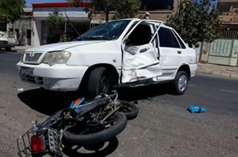 بیاحتیاطی رانندهی پراید عامل مرگ راکب موتورسیکلت شد
