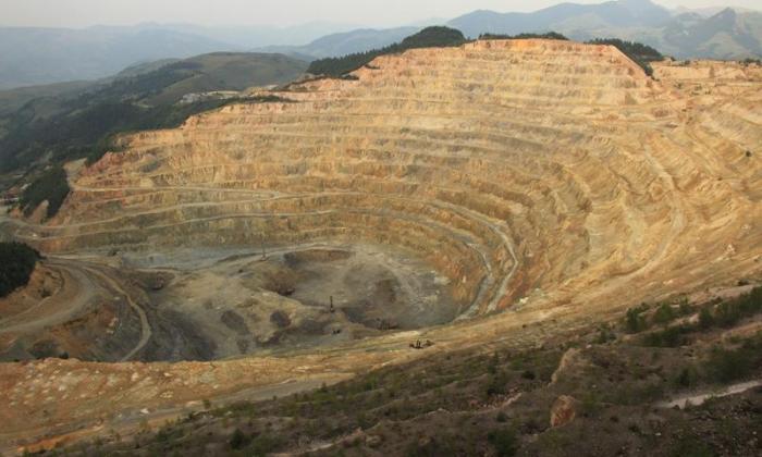 """صنایع """"مس طارم"""" و """"معدن چیزه"""" تابستان امسال به بهرهبرداری میرسند"""