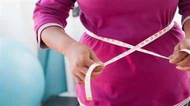 ترفندهای خانگی برای کاهش وزن +لیست خوراکیهای چربی سوز شکمی