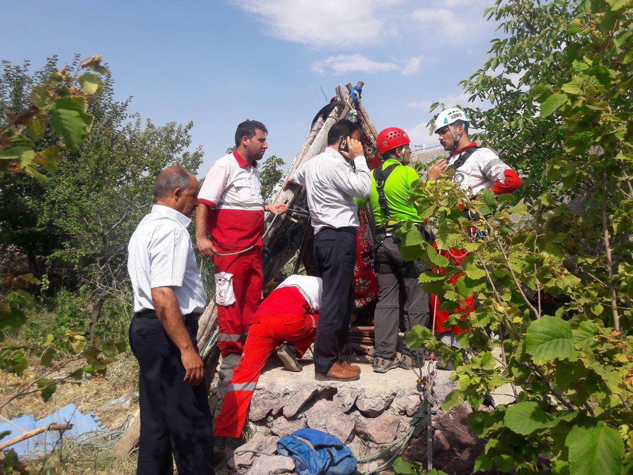 سقوط در چاه مرگ مرد قزوینی را رقم زد+تصاویر