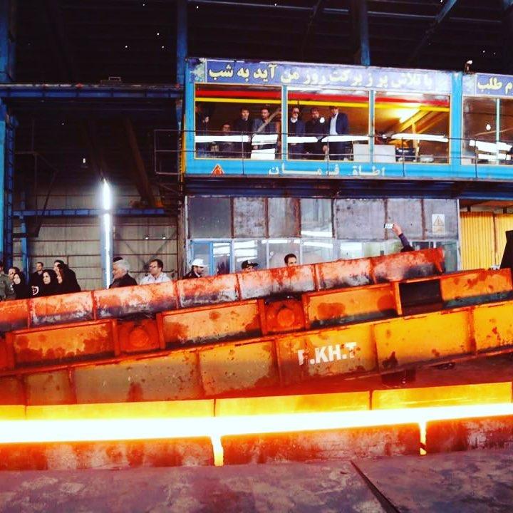 شرکت فولاد خرمدشت تاکستان پیشتاز کمک به سیلزدگان لرستان شد