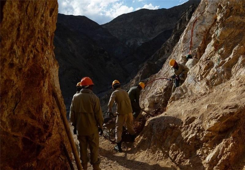 ۱۸۲معدن دارای مجوز در قزوین فعالیت میکند/ ۱۷ واحد صنعتی در استان آماده افتتاح است