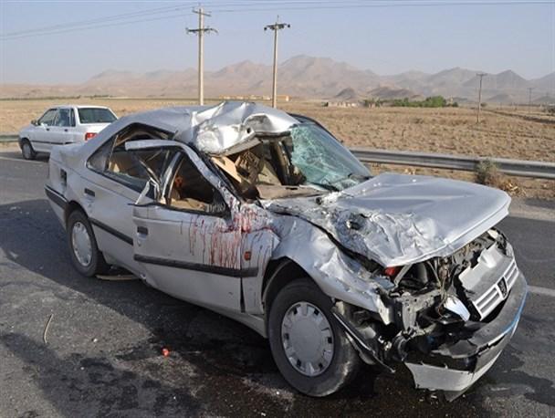 برخورد دو خودرو در قزوین ۳ کشته و مجروح برجای گذاشت