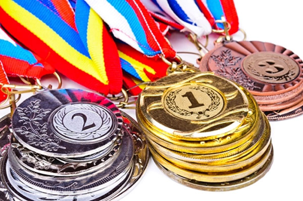 قهرمانان ورزشی را چگونه بشناسیم؟!/ دستهای پشت پردهای که درحال ساختن مدالآوران پوشالی است