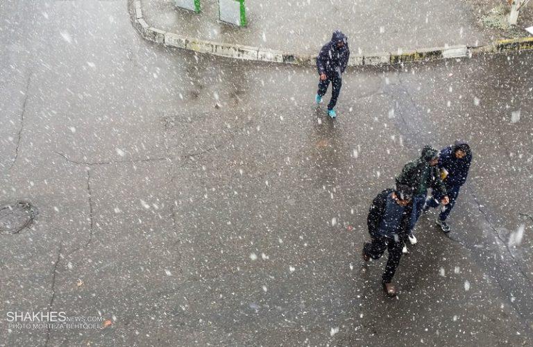 اولین برف پاییزی مهمان قزوینیها شد