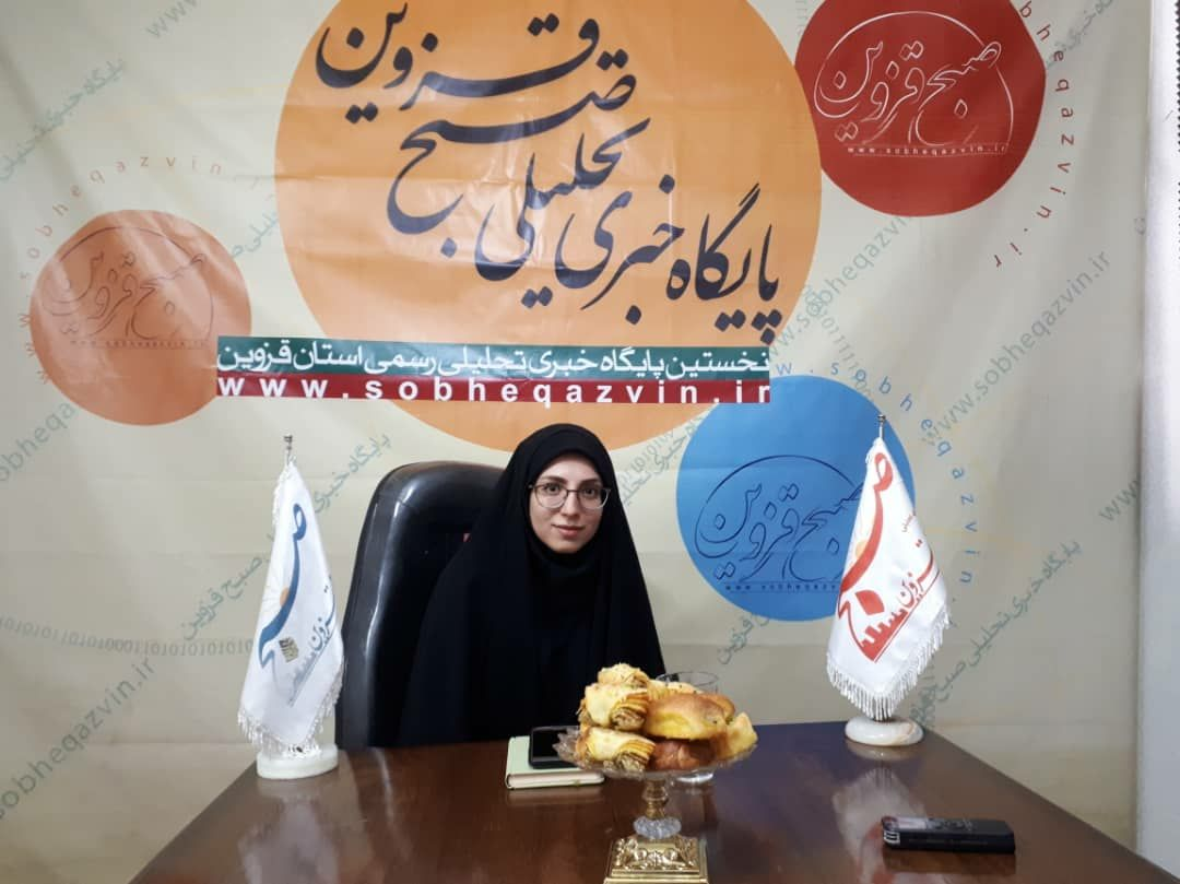 شعر تقلیدی خشک و پوسیده است/ ضعف نهادهای فرهنگی در حوزه ادبیات