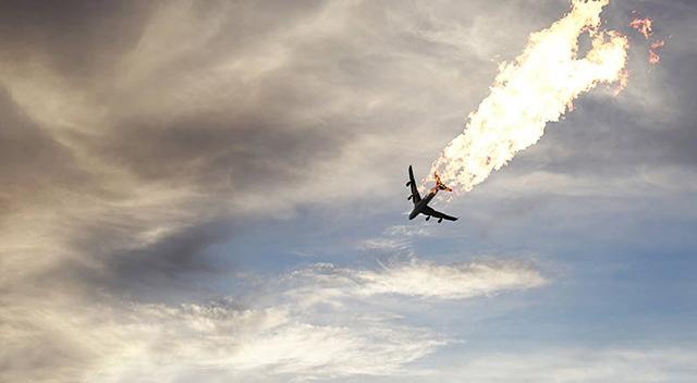تقویت بیشتر نقش آمریکا در سقوط هواپیمای اوکراینی/ چرا سردار حاجیزاده همه واقعیتها را نگفت؟