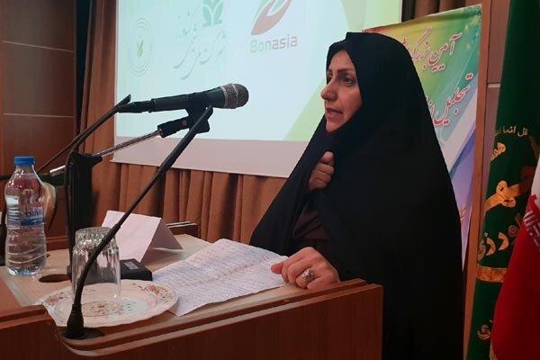 سال آینده ؛  سال درخشش توسعه گلخانه ها در استان قزوین خواهد بود