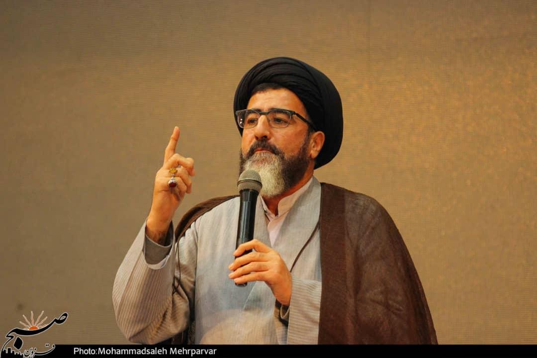 اگر میخواهیم خون سردار سلیمانی هدر نرود باید به جریان انقلابی رای دهیم