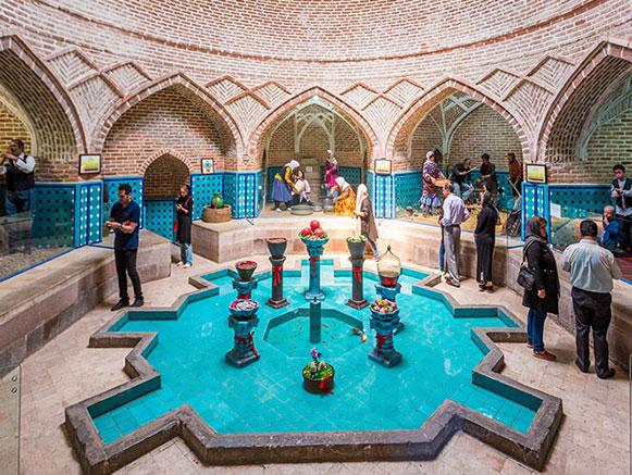 معرفی جاذبههای گردشگری قزوین/ گرمابه قجر (موزه مردم شناسی) + تصاویر