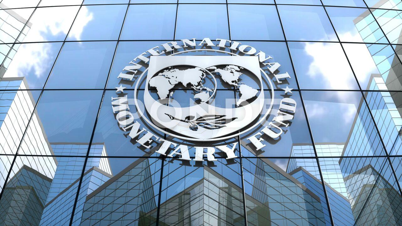 نگاه مثبتی به صندوق جهانی پول نداریم/ حمایت از تولید و کاهش قاچاق، زمینهساز بهبود اقتصادی است