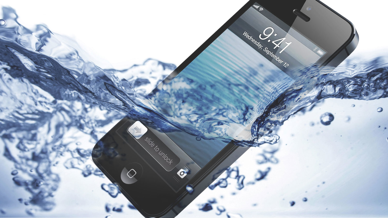 چگونه گوشی خیس شده را از نابودی نجات دهیم؟