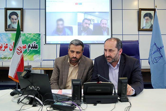 آغاز دادرسی الکترونیک از طریق ارتباط تصویری با زندان در دادسرای قزوین