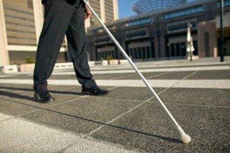 اشتغال مهمترین خواستهام است/ خیابانهای قزوین زیرساختهای لازم را برای نابینایان ندارد/ هزینه داروهای ما سرسامآور است