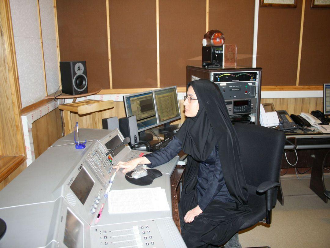 """""""خاکریز عشق"""" ویژه برنامه رادیو قزوین در هفته دفاع مقدس"""