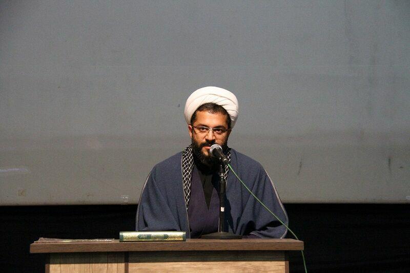 ولایت مداری عامل پیروزی رزمندگان ایران در دوران دفاع مقدس بود