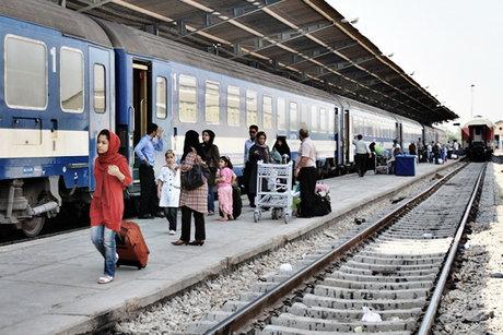 عاملان سنگ پرانی به قطارهای مسافربری در قزوین دستگیر شدند