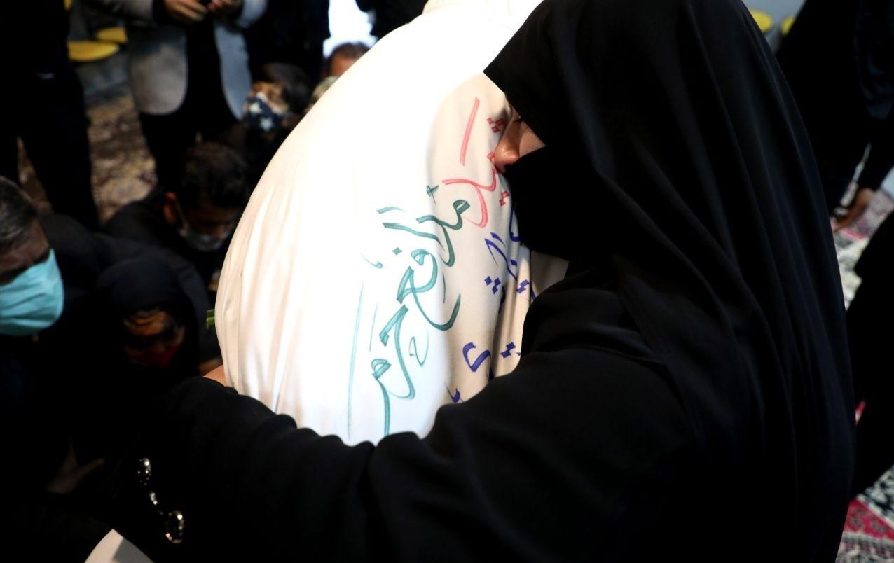 """""""ذکریا"""" را مانند علیاکبر(ع) راهی سوریه کردم و مانند علیاصغر(ع) تحویل گرفتم/ افتخار شهادت، سختی انتظار را برایم شیرین کرد"""
