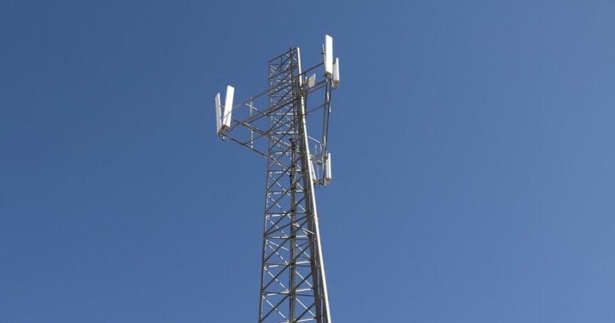 بهرهمندی ۱۵۹خانوار روستای زرجه بستان آبیک از  خدمات نسل جدید تلفن همراه