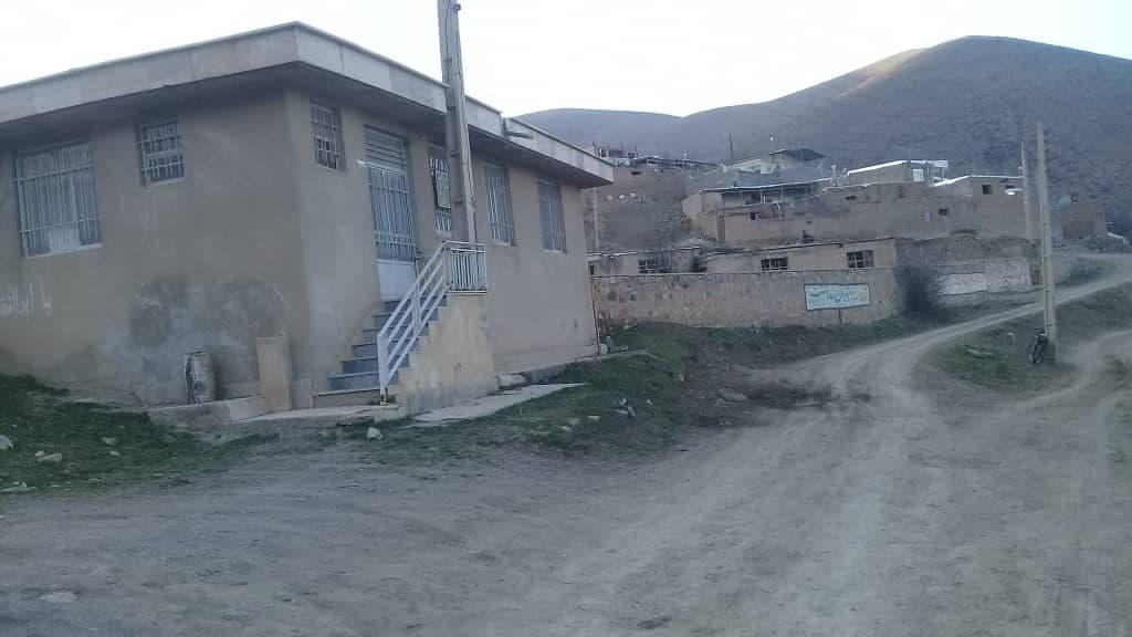 بازنشستگی بهورزی که بهانهی تعطیلی خانه بهداشت شد/ محرومیتهای روستای «عمقین» و وعدههای بر زمین مانده!